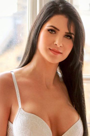 London Escort Girl Notting Hill Gate W8 Brunette