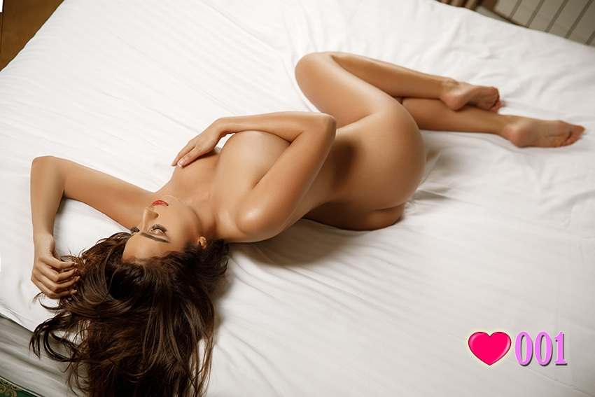 London Escort Girl Knightsbridge Brown