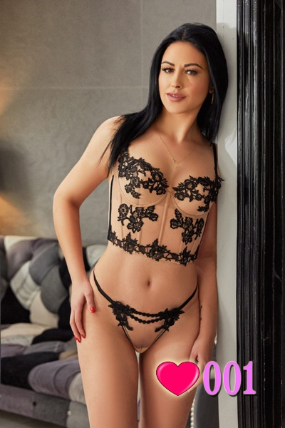 London Escort Girl Edgware Road W2 Black